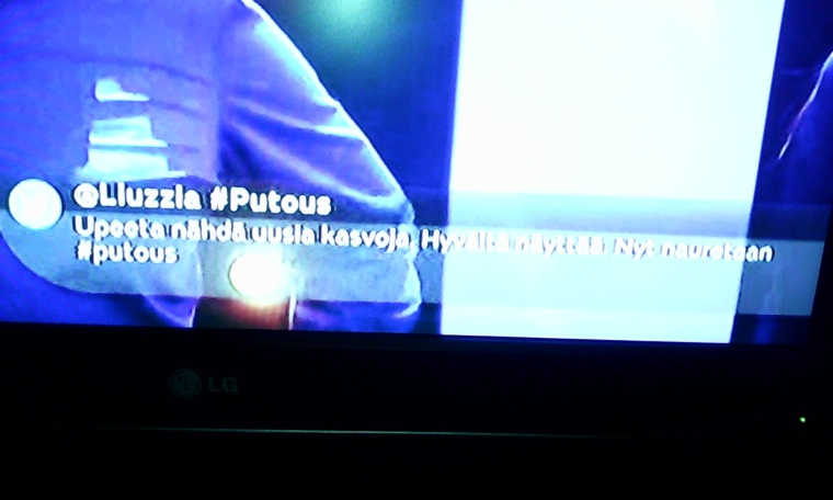 tweet on tv