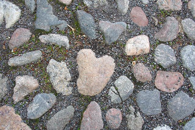 cobblestone heart