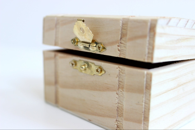 open wood box